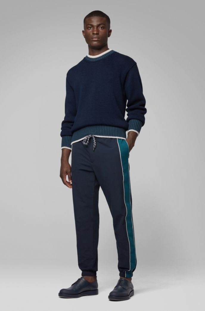 Relaxed-fit jogging bottoms in bi-stretch fabric