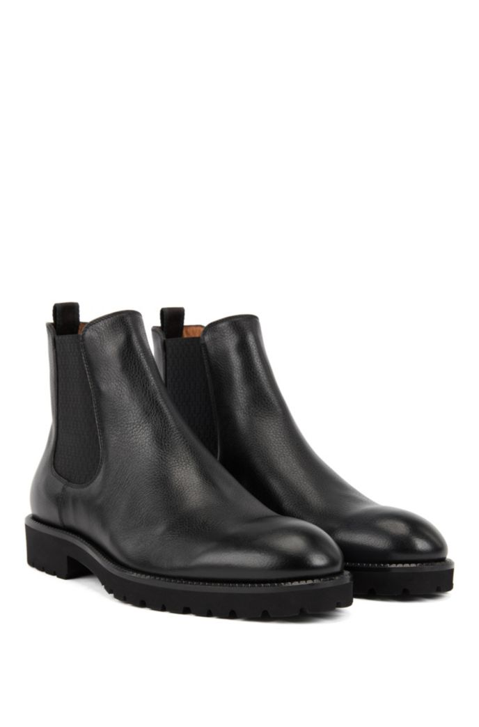 Italian-made Chelsea boots in leather with monogram panels