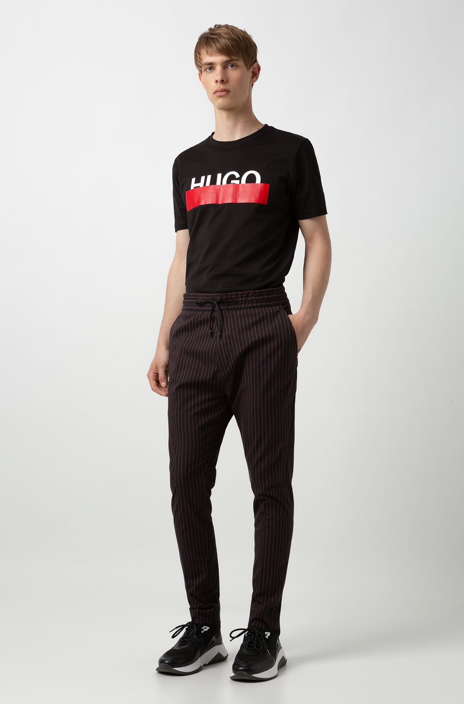 Cotton T-shirt with reworked cropped logo, Black