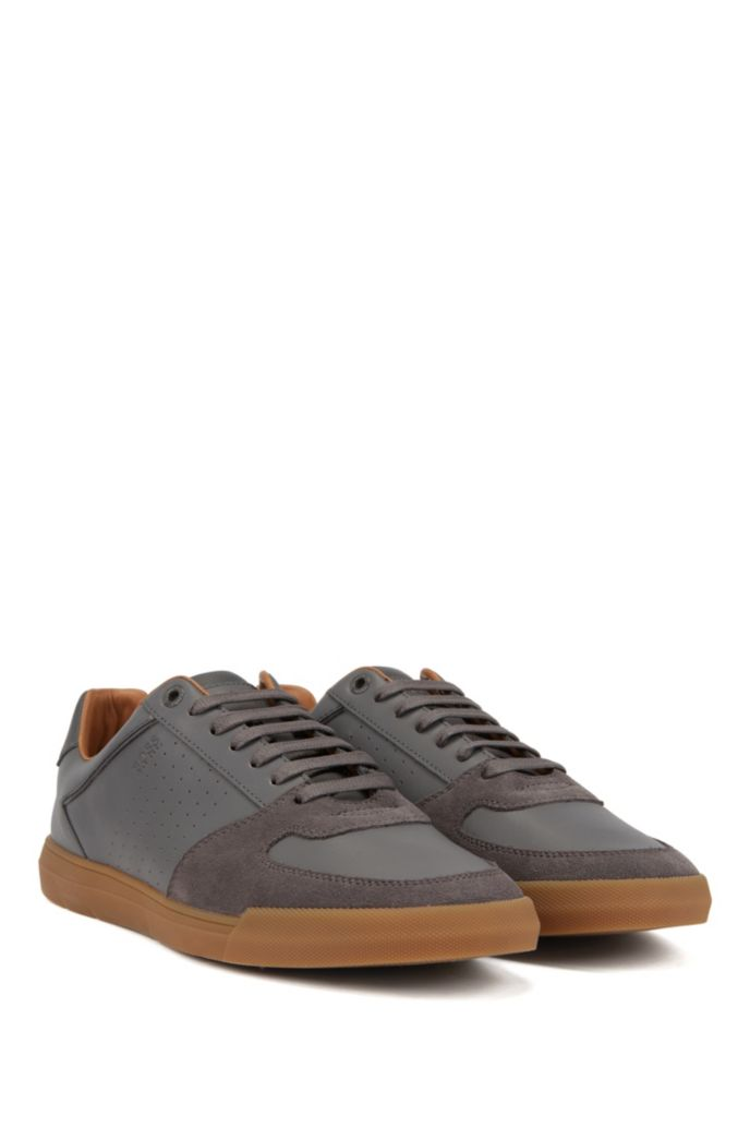 Low-top sneakers in suede and nappa leather