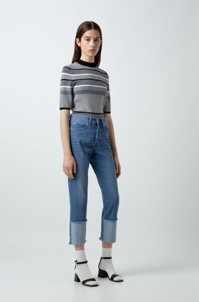 Cropped regular-fit jeans with open frayed hems