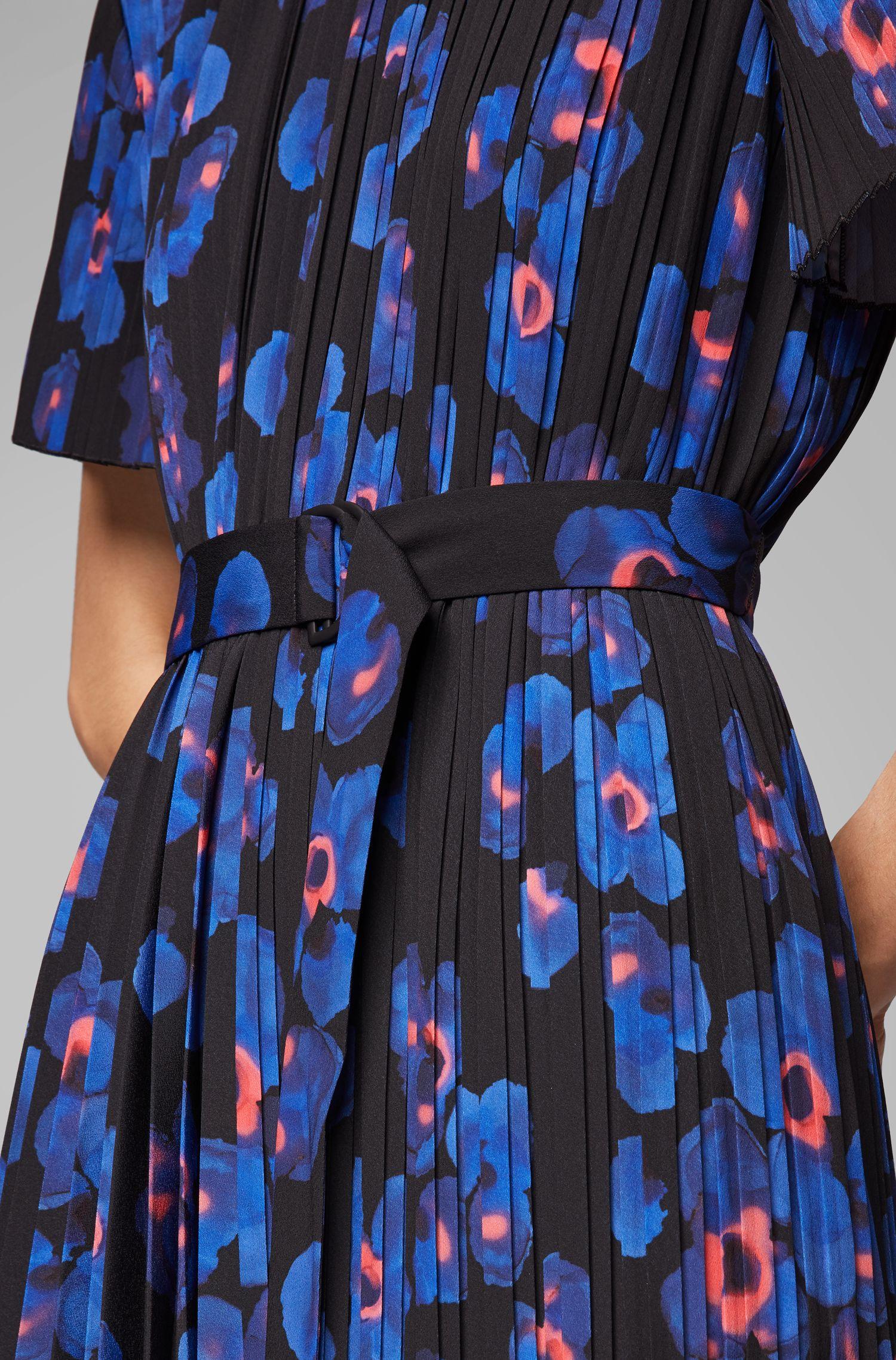 Plissé dress with permanent pleats and floral print, Patterned