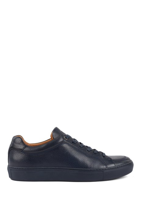 Italian-made sneakers in grained leather with seasonal stitching, Dark Blue
