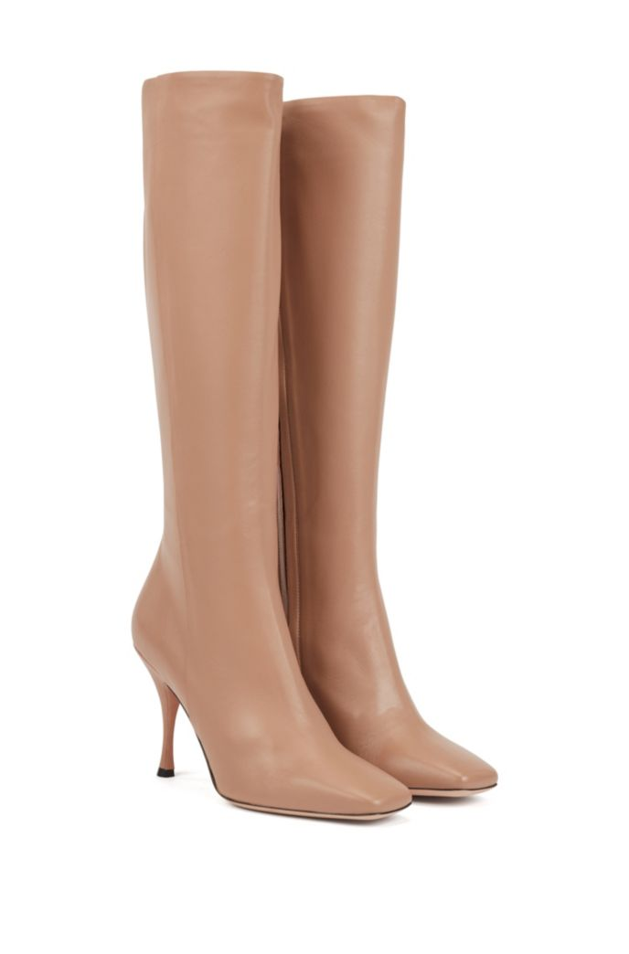Knee boots in Italian lamb leather with sculpted heel