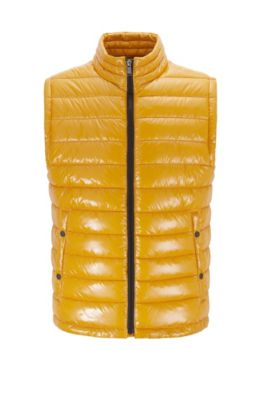 Water-repellent padded gilet with stand collar, Gold