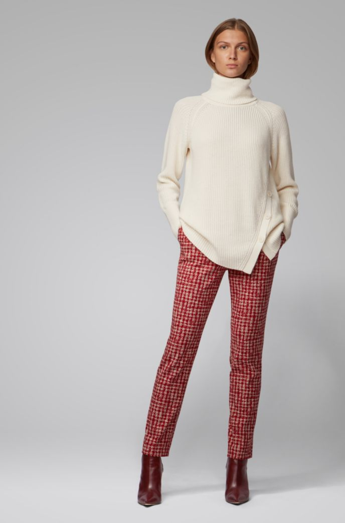 Asymmetric-front buttoned sweater in cotton with cashmere