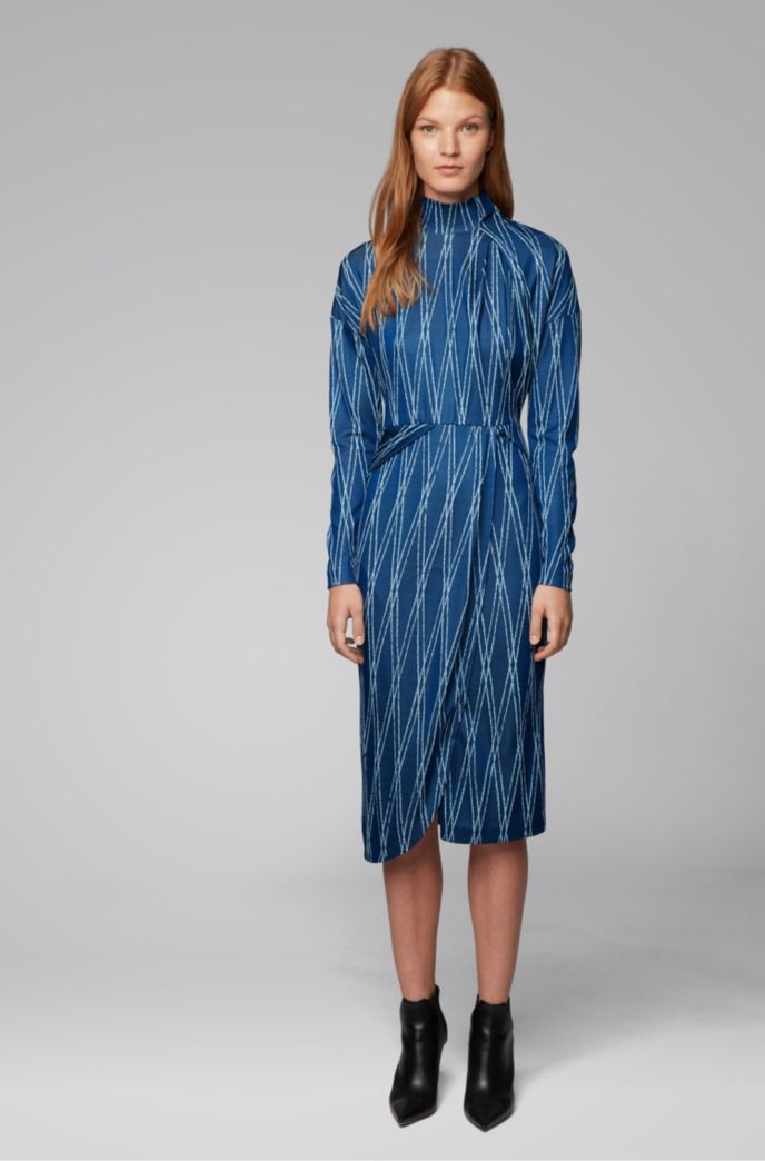 Long-sleeved dress with two-tone jacquard motif