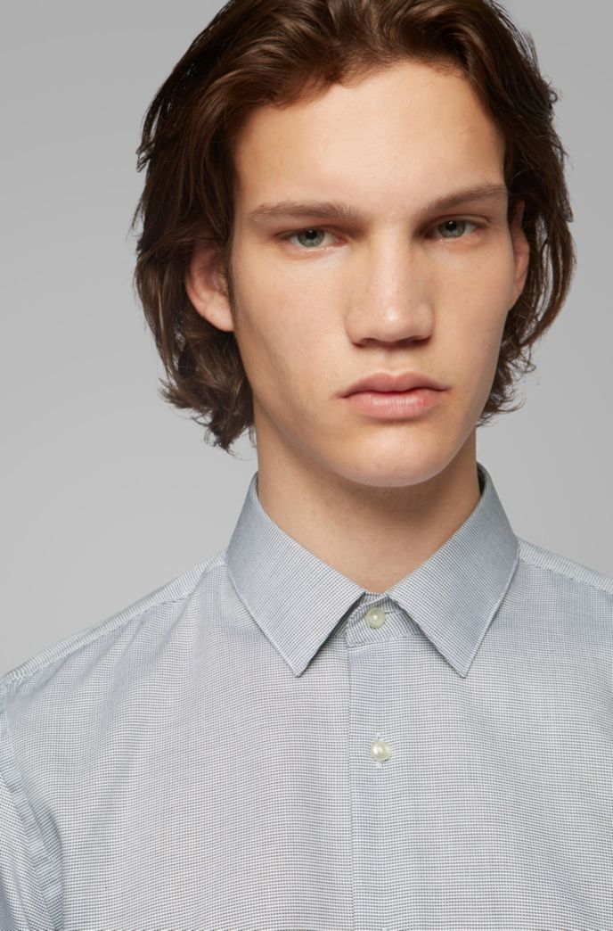 Slim-fit shirt in stain-resistant structured Swiss cotton
