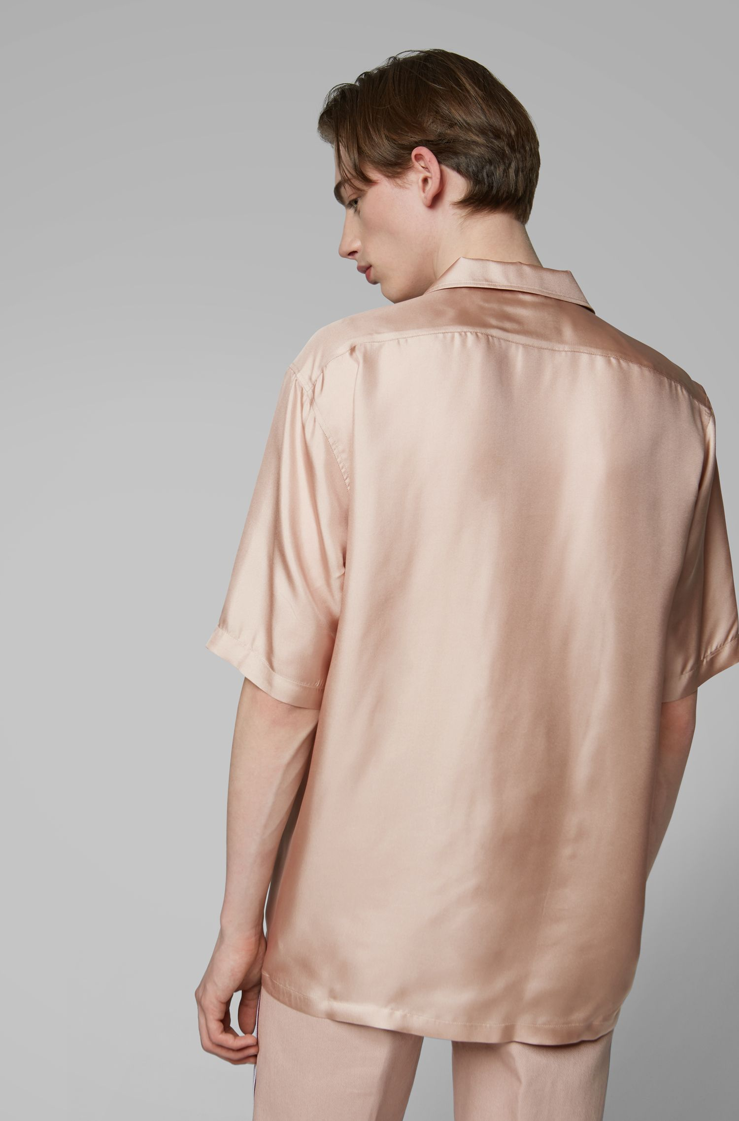 Fashion Show relaxed-fit silk shirt with camp collar, light pink