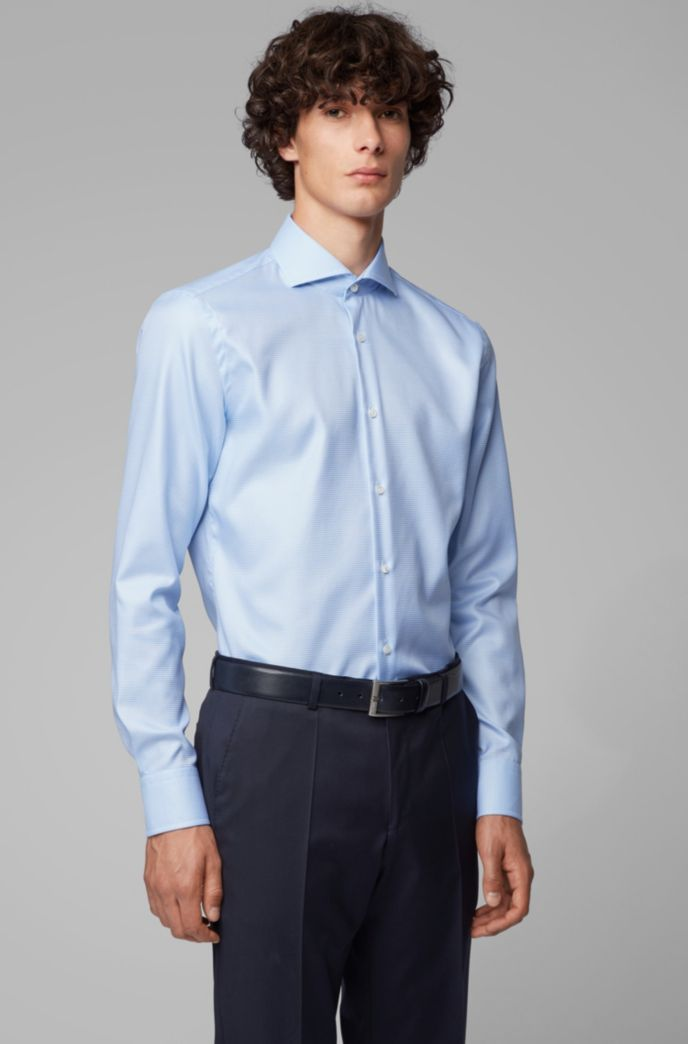 Slim-fit shirt in crease-resistant structured cotton