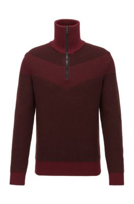 Knitted sweater with V-shaped intarsia and reversible zipper, Dark Red