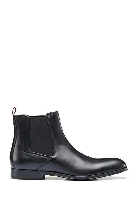 Chelsea boots in smooth leather with elastic panels, Black