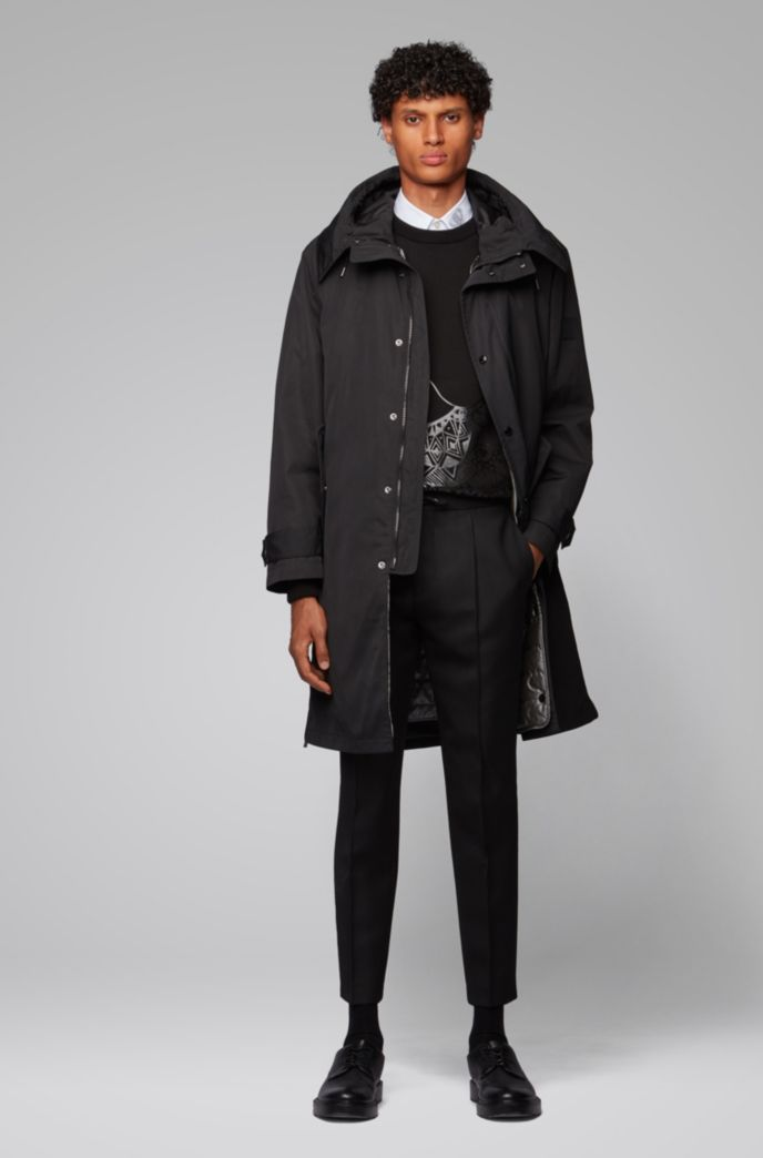 Water-repellent hooded coat with detachable lining