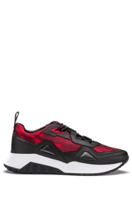 Running-inspired trainers with camouflage mesh, Dark Red