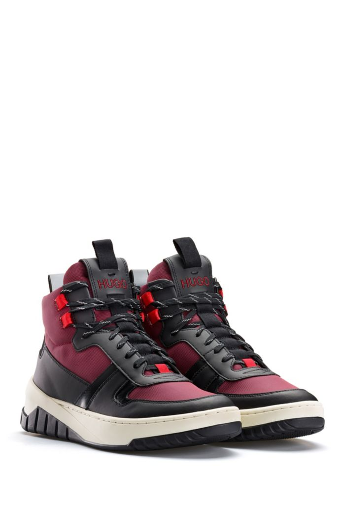 High-top trainers with rubberised trims