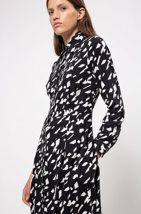 Maxi shirt dress in a star-houndstooth print, Patterned