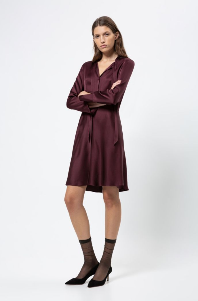 Slim-fit shirt dress with bow neckline