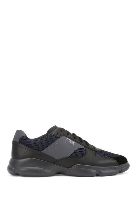 Low-top trainers in leather with open-mesh panels, Black
