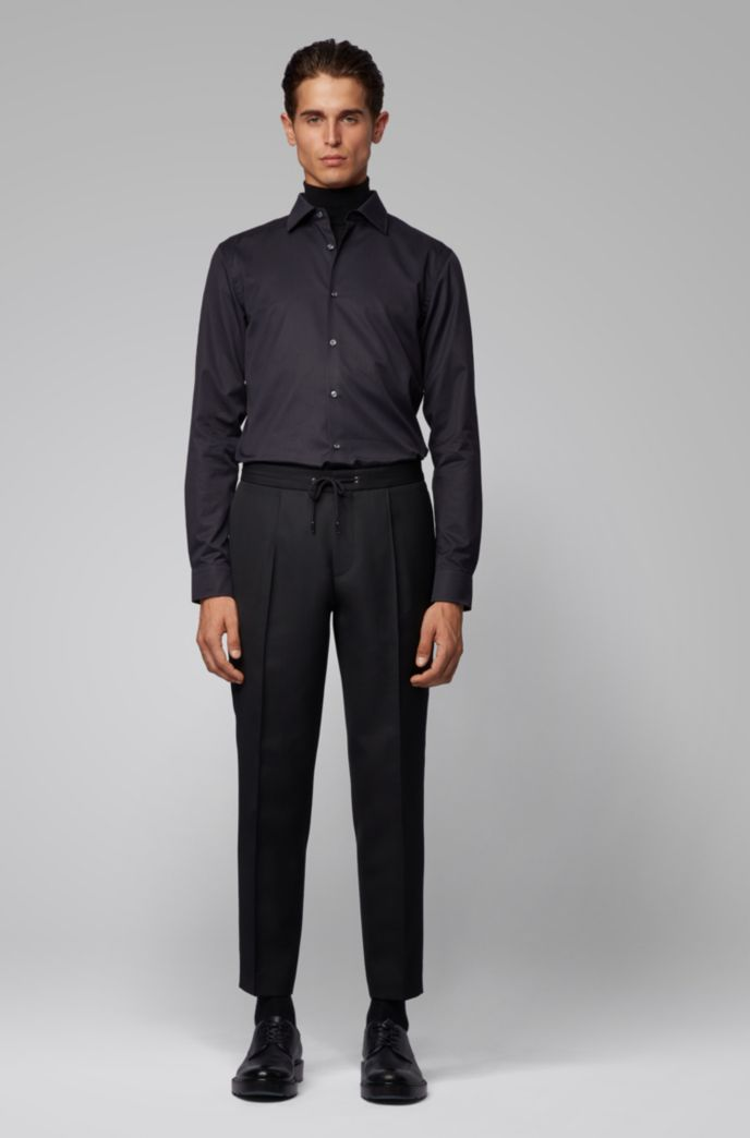 Slim-fit shirt in cotton with monogram jacquard