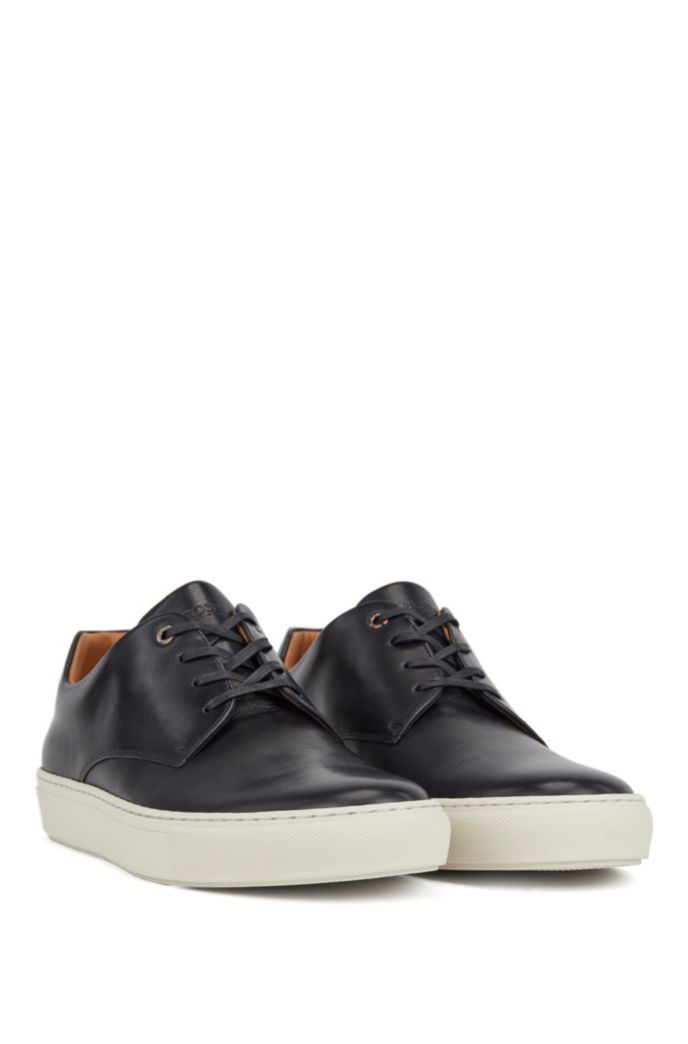 Low-top sneakers in smooth calf leather