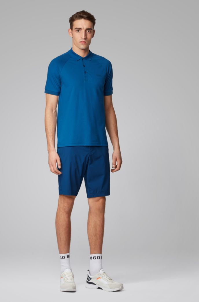 Slim-fit shorts in anti-wrinkle fabric