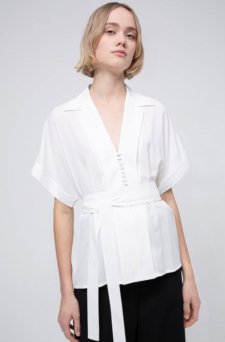 Relaxed-fit belted top in crinkle crepe, Natural