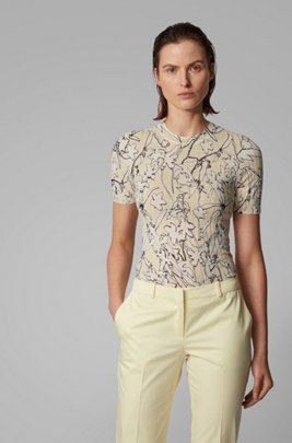 Short-sleeved knitted sweater with floral print, Patterned