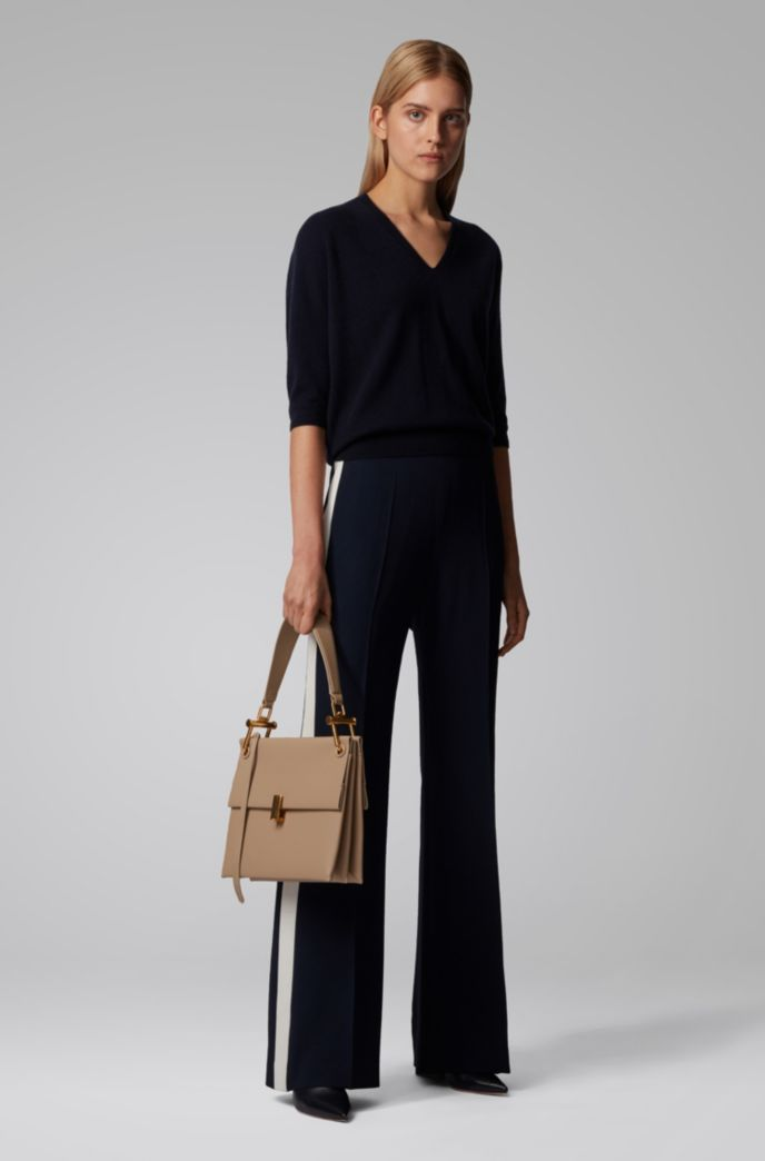 Relaxed-fit V-neck sweater in pure cashmere