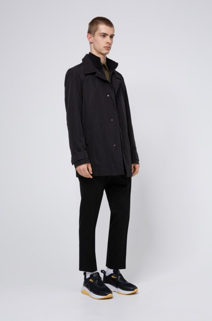 Water-repellent jacket with zip-through knitted inner