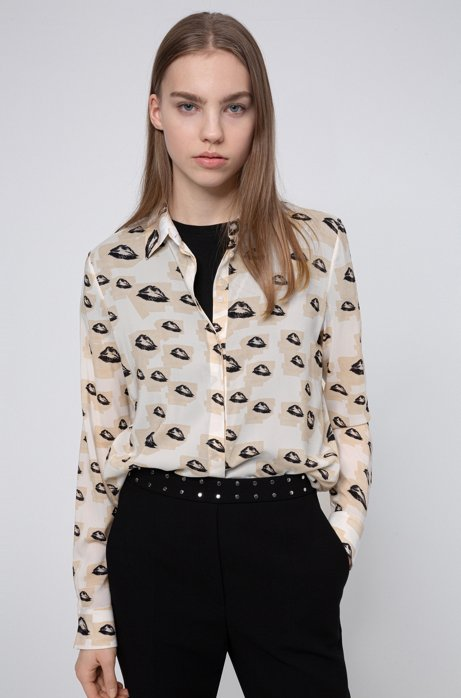 Regular-fit blouse with collection-themed print, Patterned
