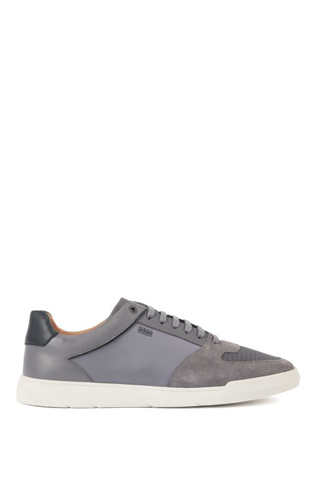 Low-top sneakers in mixed materials, Grey