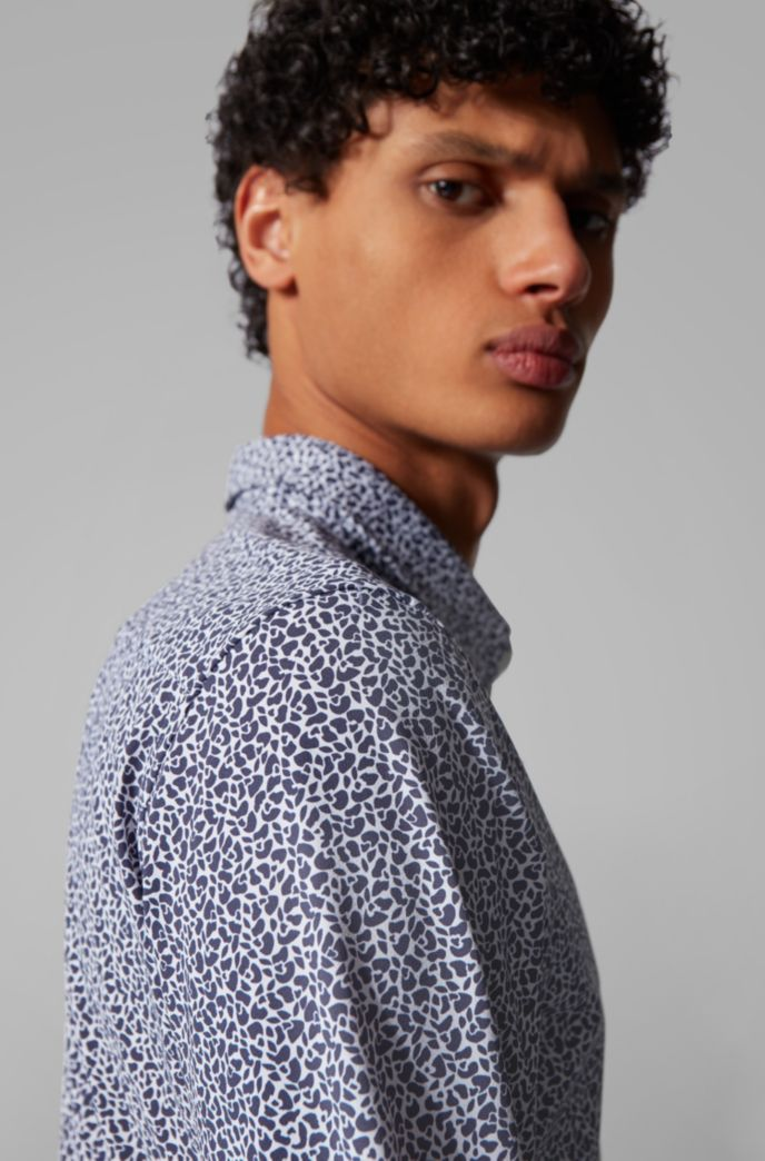 Printed slim-fit shirt in a recycled-fabric blend