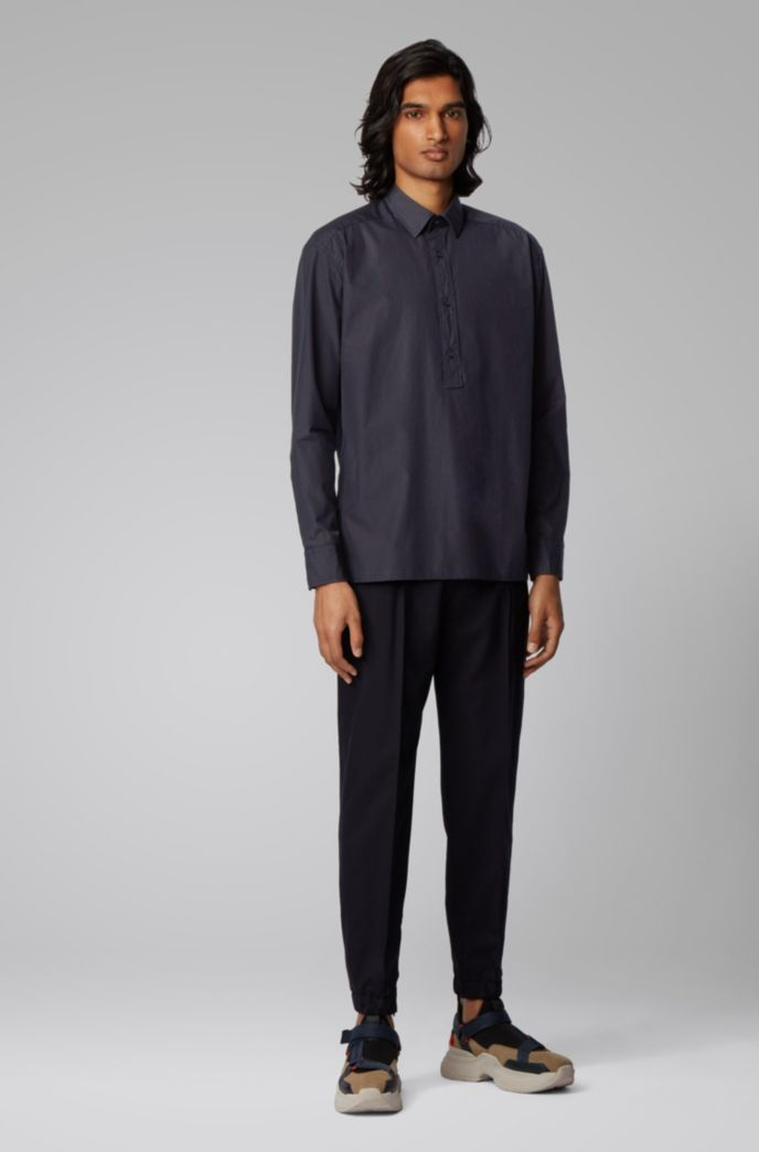 Relaxed-fit shirt in cotton with half placket
