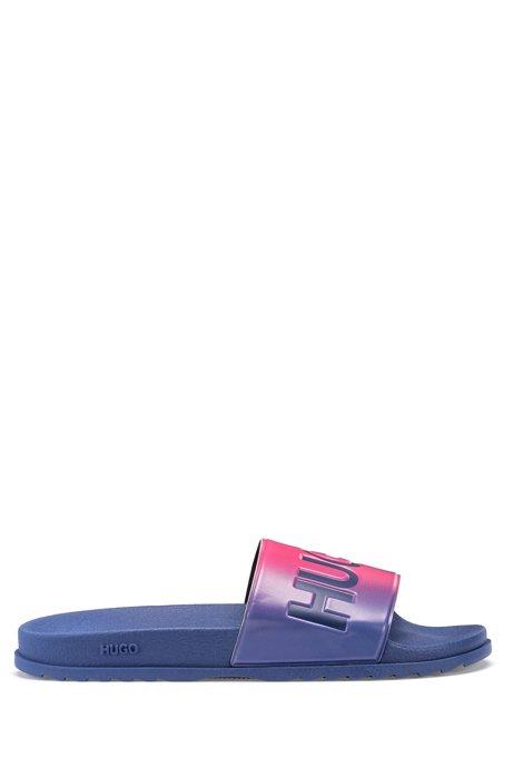 Dégradé-effect slides in rubber with logo details, light pink