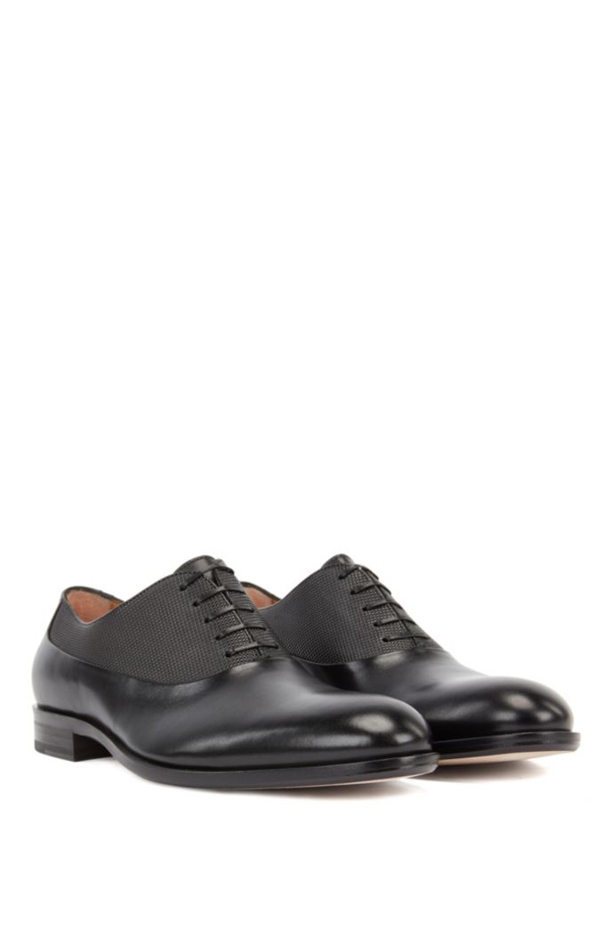 Italian-made leather Oxford shoes with embossed panel
