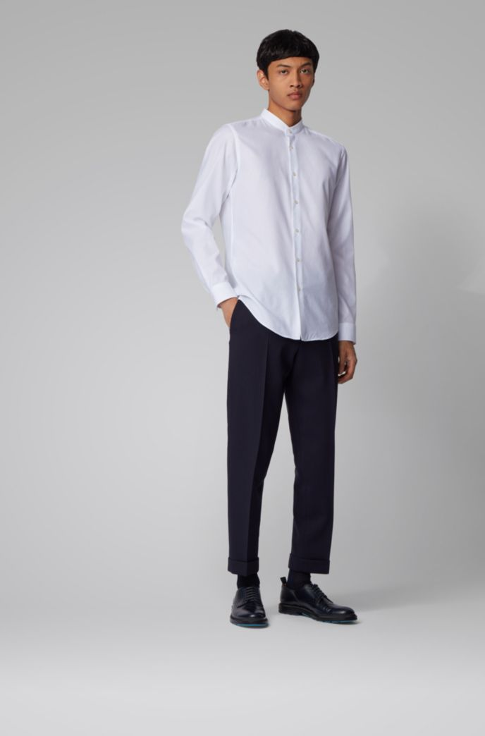 Slim-fit shirt in structured cotton with stand collar