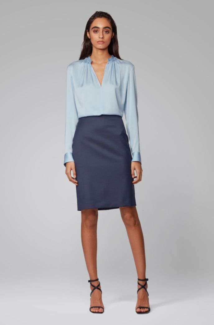 Pencil skirt in patterned wool with silky lining