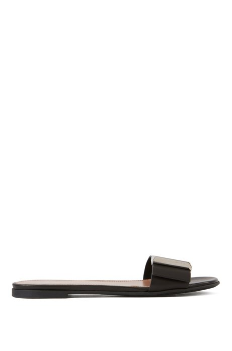 Calf-leather slides with pyramid-shaped metal trim, Black