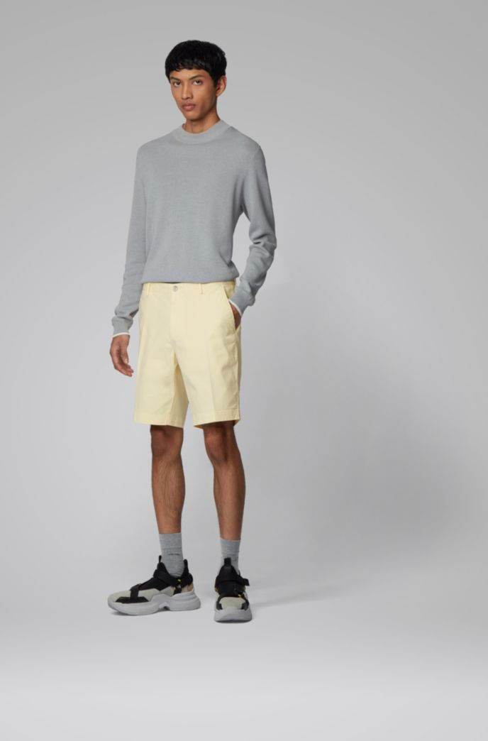 Slim-fit shorts in stretch cotton with French pocket