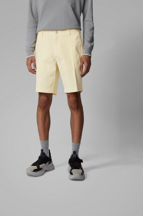 Slim-fit shorts in stretch cotton with French pocket, Light Yellow