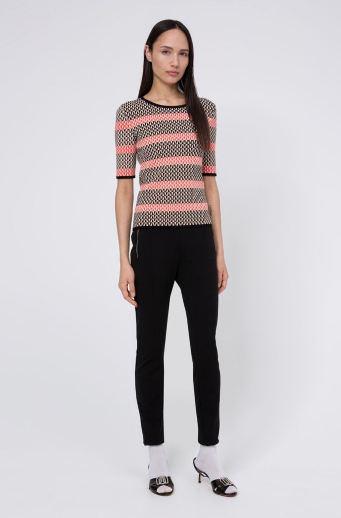 Short-sleeved knitted sweater with two-tone jacquard stripes