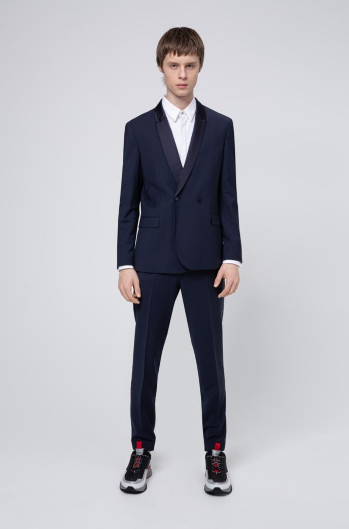 Slim-fit shirt with structured bib and double cuffs