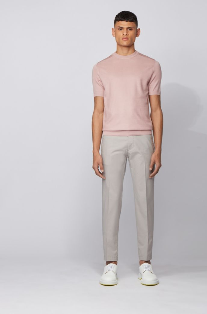 Regular-fit chinos in a stretch-cotton blend