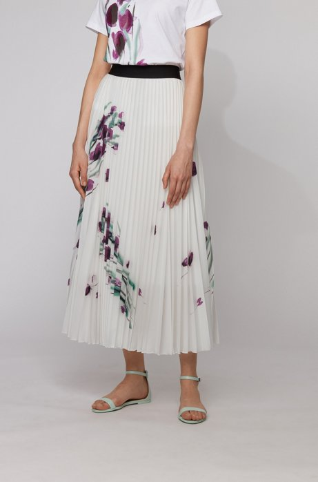 Midi-length plissé skirt with placed floral print, Patterned