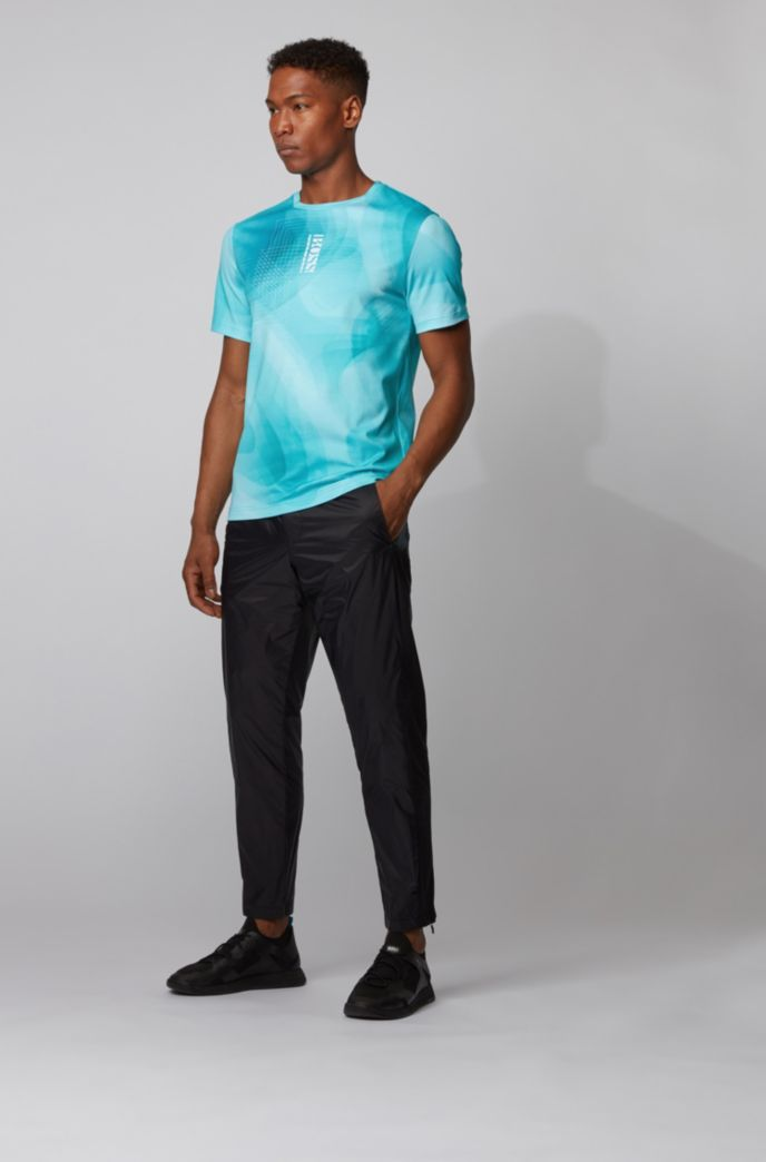 Cotton T-shirt with gradient print and vertical logo