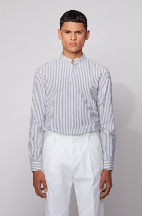 Slim-fit dress shirt in striped cotton seersucker, Open White