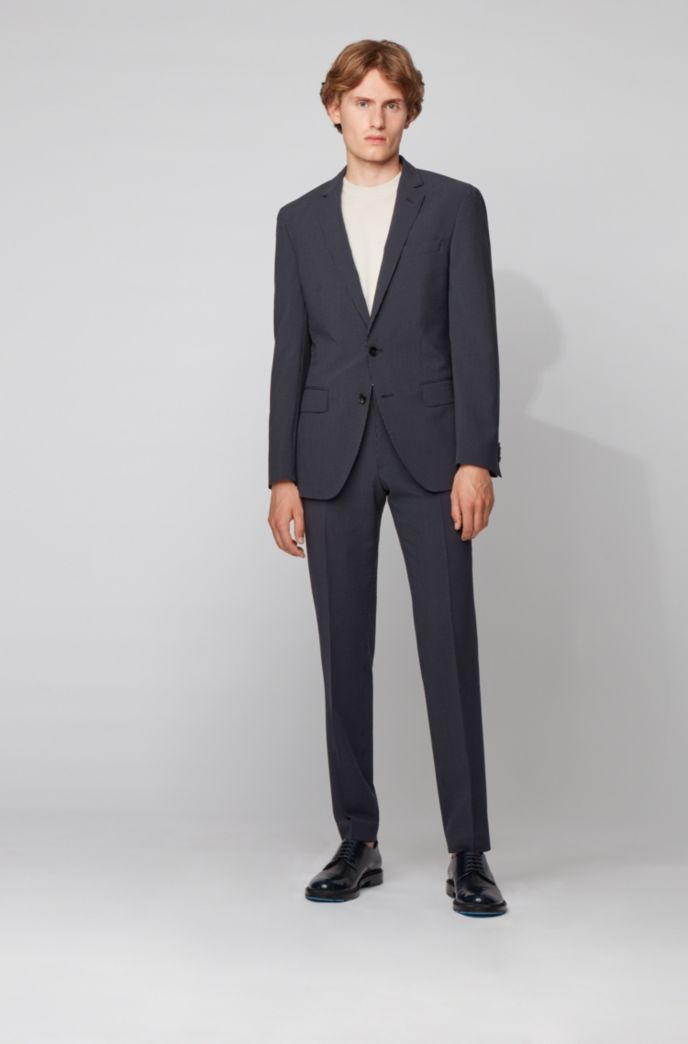Slim-fit suit in wool-blend seersucker fabric