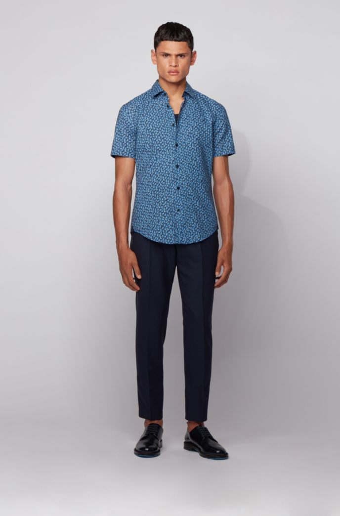Slim-fit shirt in leaf-print cotton and linen