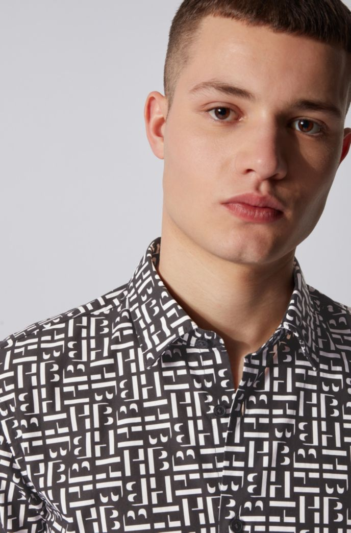 Slim-fit shirt in cotton with monogram print