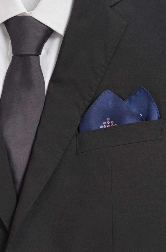 Italian-made silk pocket square with new-season print